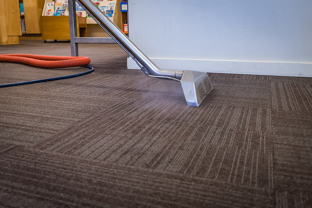 Carpet_cleaning_